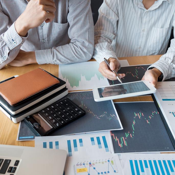 Commodore Finance | Insurance | Risk Management